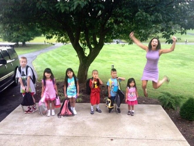 Since Everyone Posting Back To School Pictures I Present You My Mother And My 6 Adopted Siblings