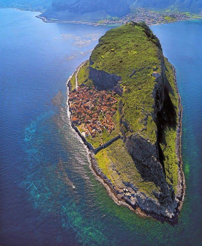 Картинки по запросу fishing village in greece