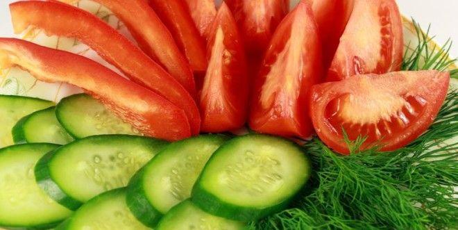 Картинки по запроÑу Огурцы и помидоры.